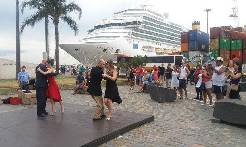 Tango En El Puerto
