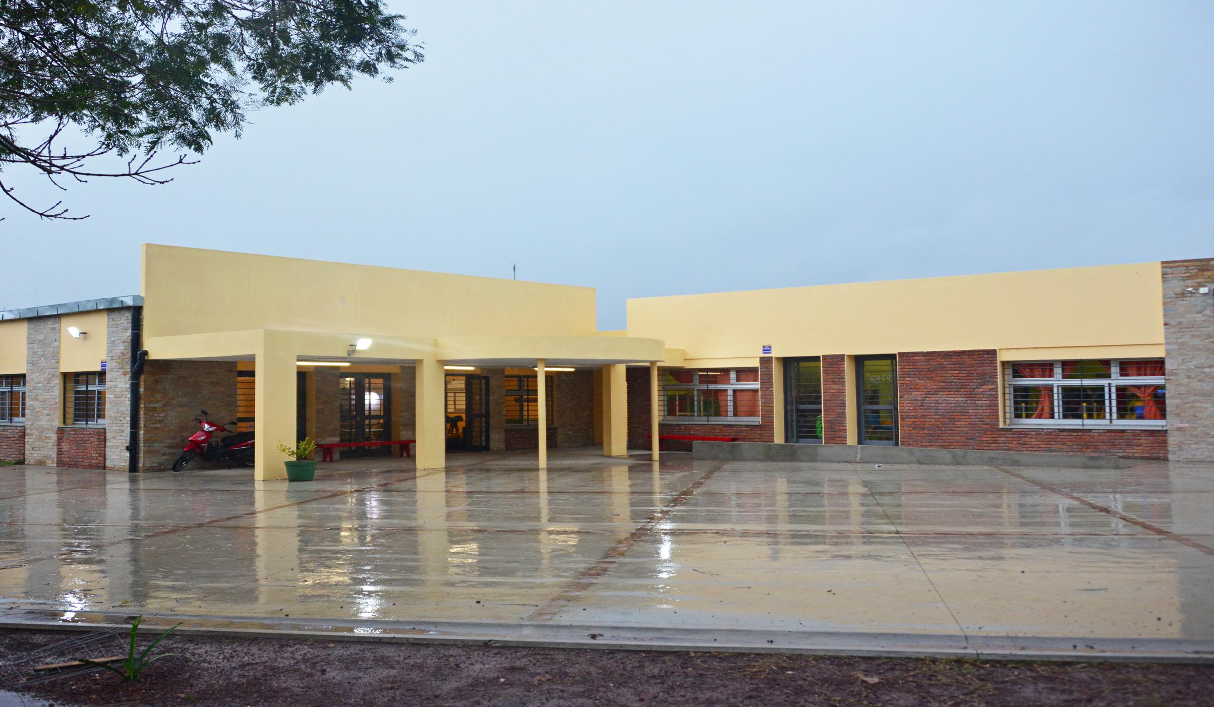 Escuela De Dolores