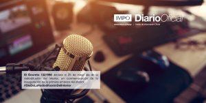 Estudio De Radio Con Micrófono